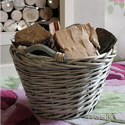 Circular wicker log basket